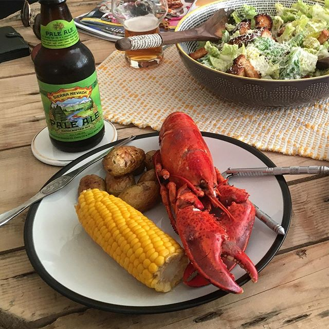 Saturday evening catching up with the cousin #Lobster #SierraNevada #CaeserSalad