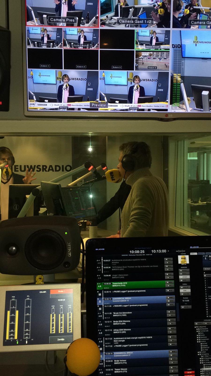 BNR EFFIE 2016 INTERVIEW, LUISTER ONDERSTAAND