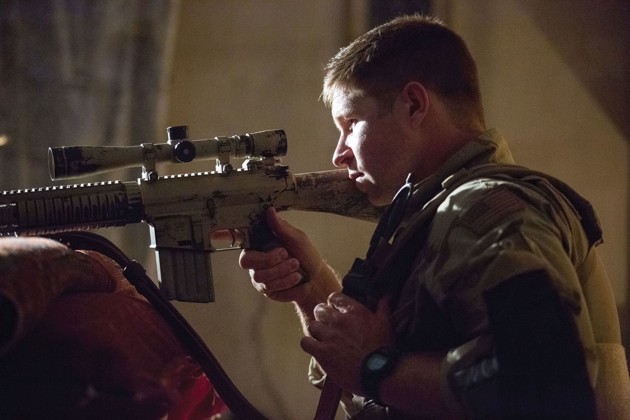 Dauber (Kevin Lacz), one of the supporting players in what is emphatically not a Warner Bros. platoon portrayed in  American Sniper (2014).