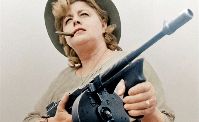 Shelley Winters gives an enormously charismatic performance as Ma Barker