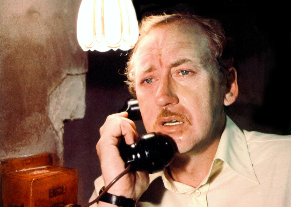 The noble motives of Secret Service agent Maurice Castle (Nicol Williamson) fail to ward off tragedy in  The Human Factor