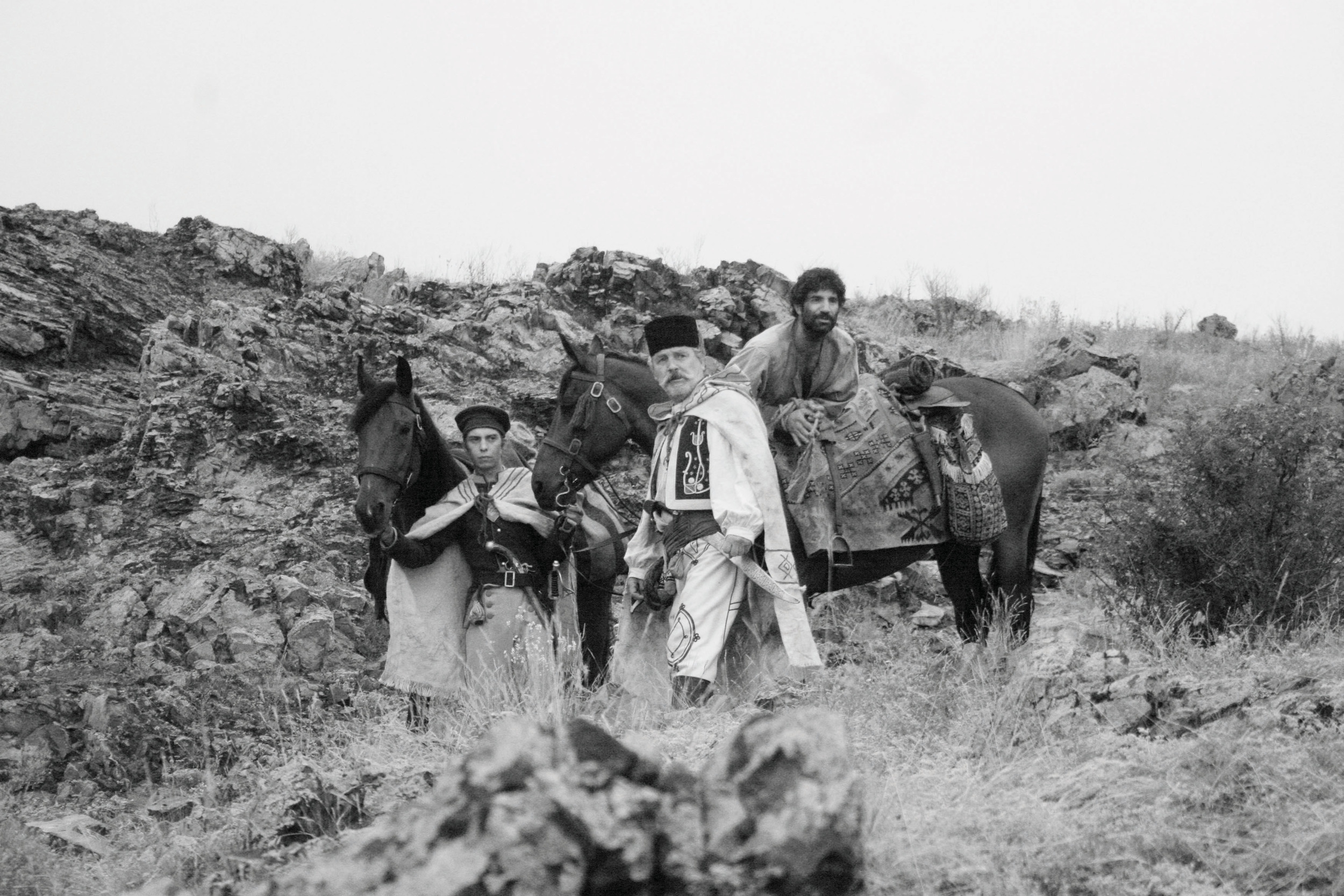 Mihai Comānoiu (Ionitā), Teodor Corban (Costandin) and Cuzin Toma (Carfin).