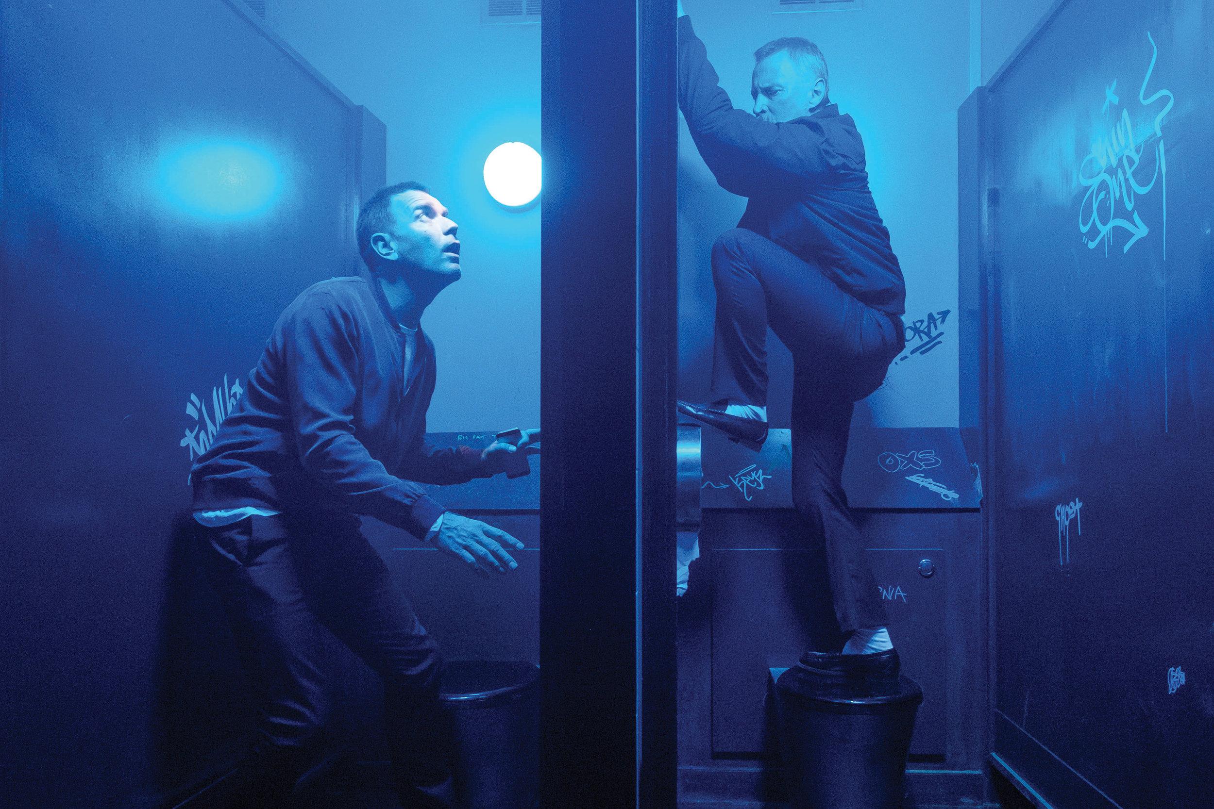 Mark Renton (Ewan McGregor) and Begbie (Robert Carlyle).