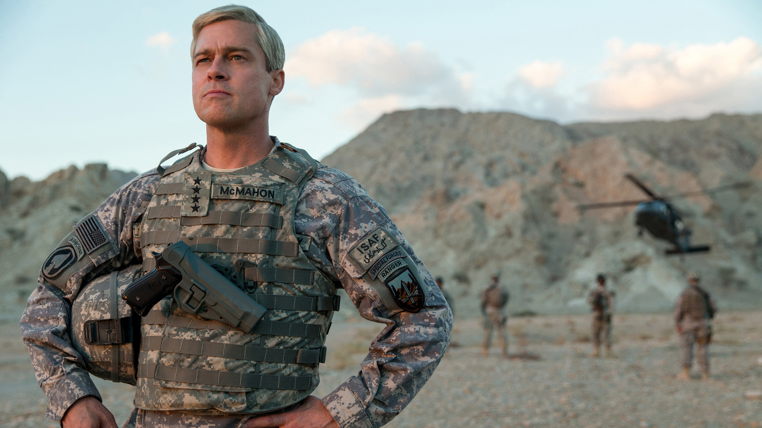 "Brad Pitt plays ""new guy"" General Glen McMahon ."