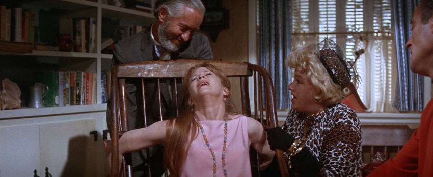 Betty Fraley (Julie Harris) and Fay Estabrook (Shelley Winters) struggle towards the end of  Harper .