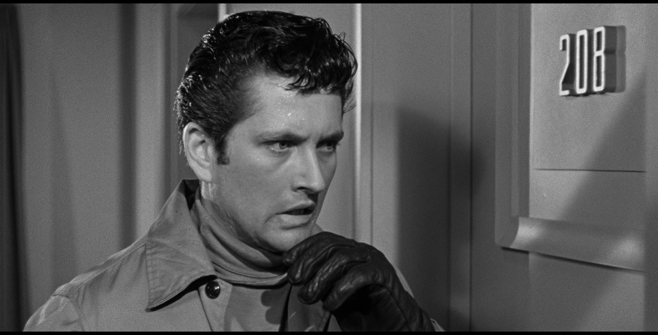 Murder and mother on his mind: John Drew Barrymore as the Lipstick Killer in  While the City Sleeps.