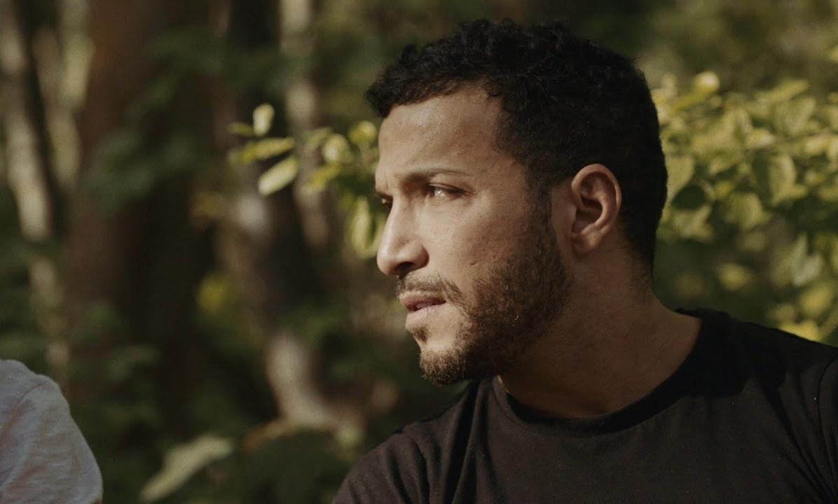 Ahd (Eric Bernard), also a sex worker and Léo's lover.