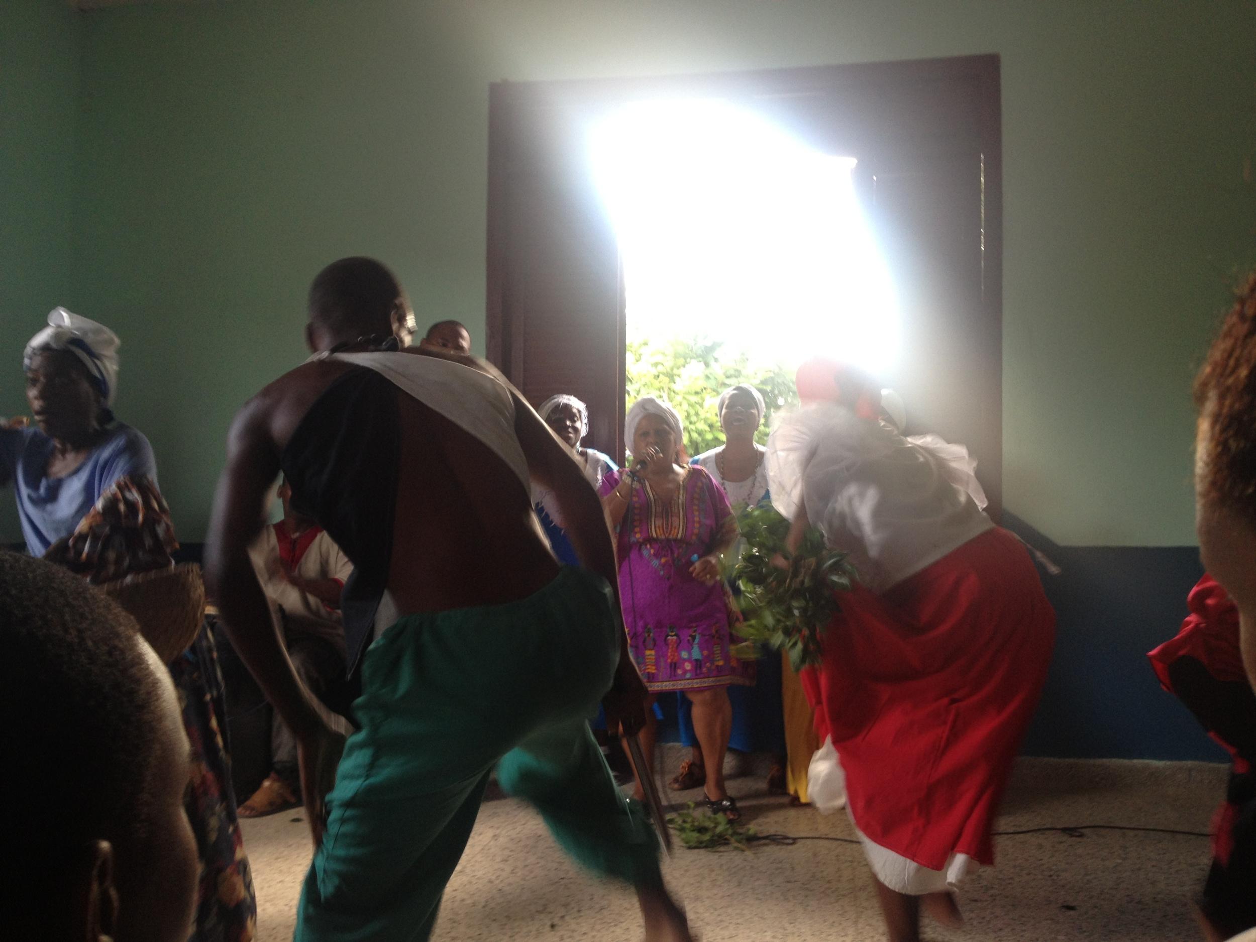 Performance in el Cobre at la Casa de los Cimarrónes