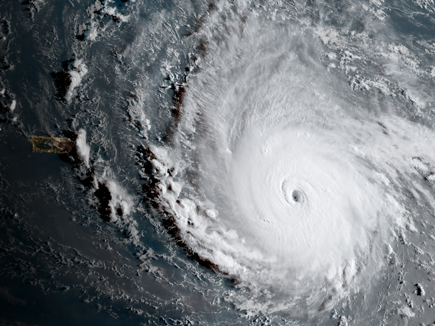 hurricane-irma-looks-monstrous-in-a-new-video-recorded-by-the-international-space-station.png