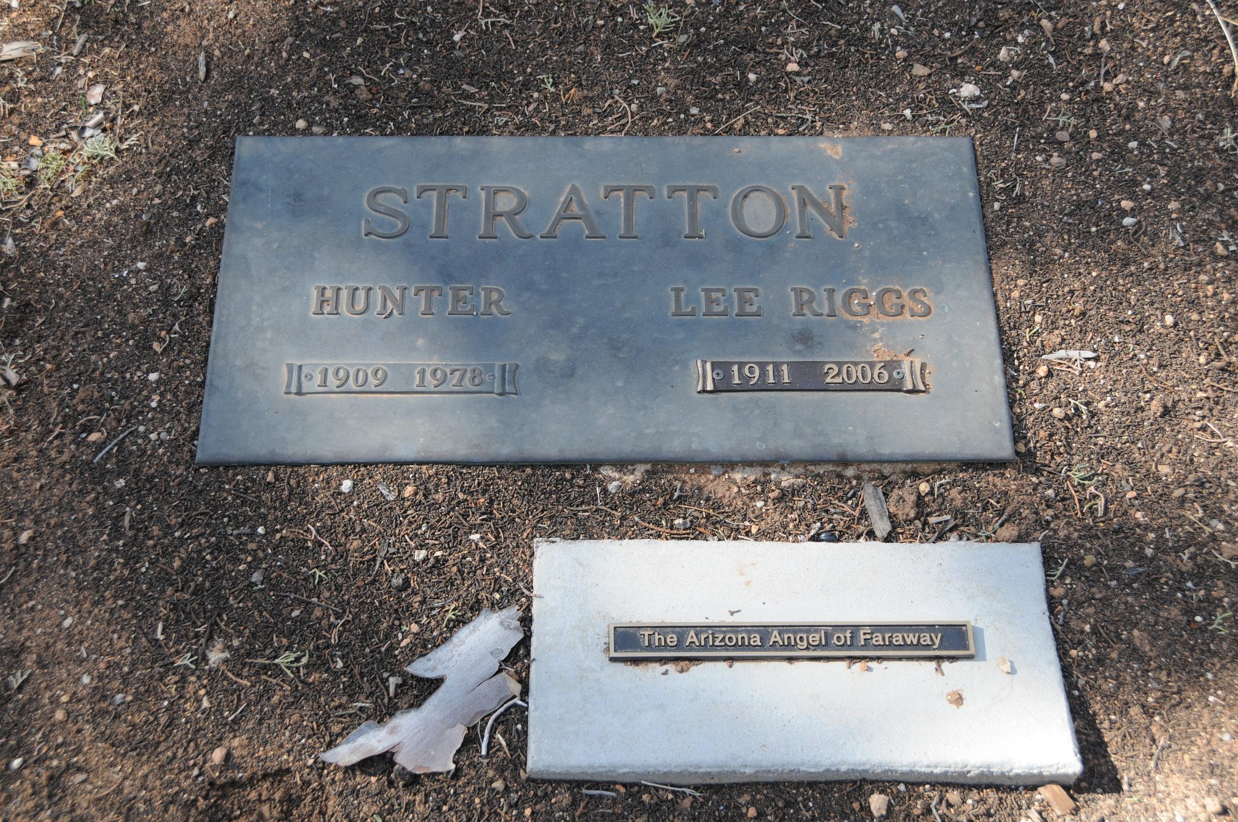 2f EULA LEE (RIGGS) & HUNTER STRATTON