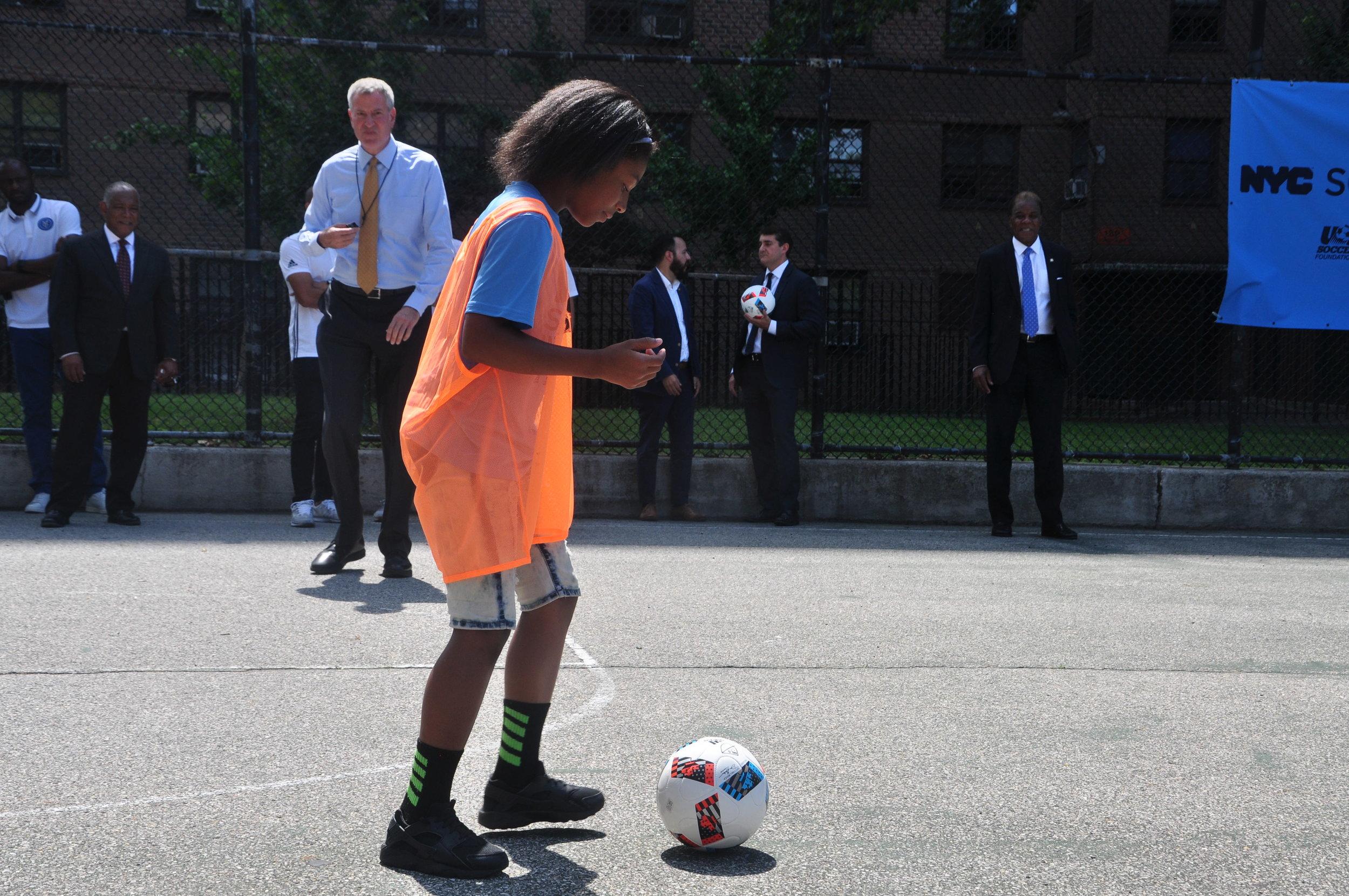 mayor and kid 5.JPG