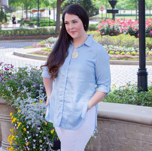 About 1-2 weeks away from me not being able to wear this super comfy chambray shirt anymore...the perfect material and color to show I am hot and bothered in the worst way...aka sweat stains errrrrrywhere. Mississippi is a touch hot y'all. Spring time has been the nicest couple of weeks, I'll be sad to see it go. 🤪 As usual, tap pic once for item info and #swipeforreallife which is me killin' it, absolutely crushing life/momming/wifing/friending/etc...aka I flooded the flippin' kitchen during a toddler bathroom emergency. A tiny cup got stuck in the garbage disposal, sink filled up. Guess what?!? It DIDNT overflow! No no no, that would be too easy! It freaking flowed straight down into allllll my cabinets and then came out from under into the entire kitchen. Under the oven, the fridge, you name it. Did I mention I was hand washing dishes bc our dishwasher broke again? No? Oh, silly me, just in case you needed an afternoon chuckle. Cursed a few times (by a few I mean a sh*t ton), wiped it all up, got in the car and said I can't Mom today Jesus, let's go to Chick-fil-a. Drove through, got me a delicious looking cold unsweet tea, turned the corner and sent it flying across my freshly detailed car. I promise I'm not as dumb as it sounds. This is about the point I chose rosé for dinner, and if you're getting worried about my rosé intake, I got the black box...I live in the Mississippi woods y'all...it's all I could find in a pinch so I've got a good 4 bottles of wine on tap in my fridge right now. I feel like I'm properly pacing myself. 👌🏻 ⠀ ⠀ ⠀ ⠀ ⠀ ⠀ ⠀ ⠀ ⠀ ⠀ ⠀ ⠀ ⠀ ⠀ ⠀ ⠀ ⠀ ⠀ ⠀ ⠀ ⠀ #allbodiesaregoodbodies #mamastyle #goodlifegreatstyle #makeyourownsparkle #southernblogger #stylehasnosize #celebratemycurves #plussizestyle #abmhappylife #gastricsleevecrew #vsgjourney #vsglife #stylefilesplus #beautybeyondsize #toddlerstyle #preppyfashion #preppystyle #bodyposi #plussizeclothing #plussizebeauty #fashionbloggerstyle #affordablefashion #casualoutfits #mombloggers #stayathomemomlife #communityovercompetition