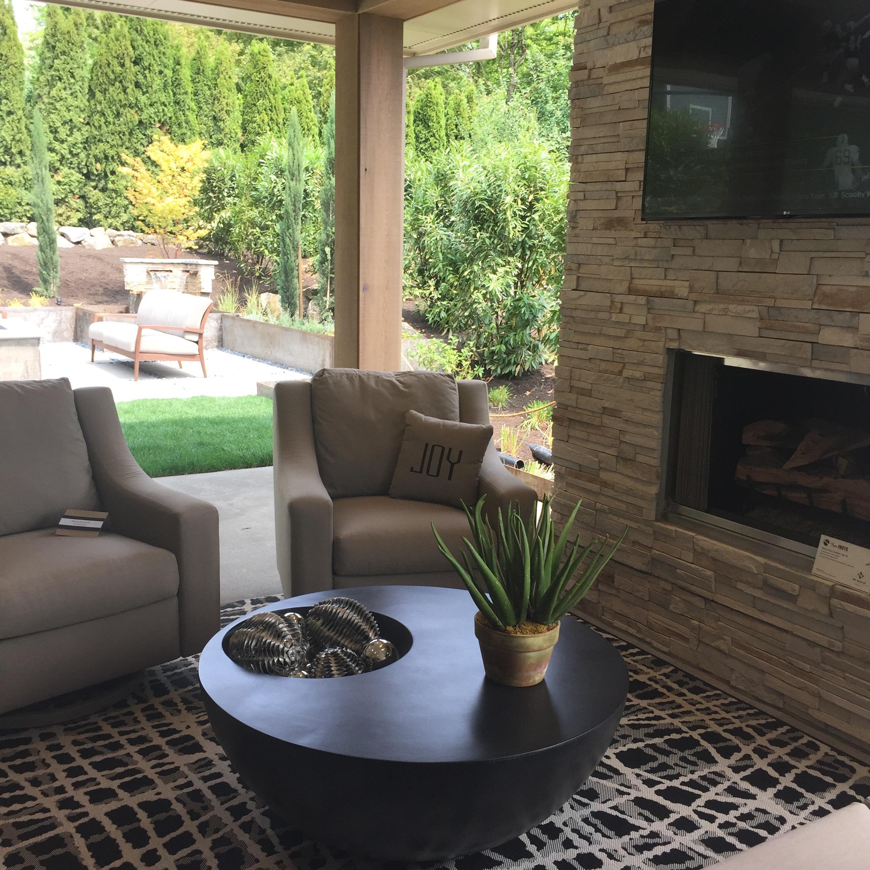 A great indoor/outdoor patio.