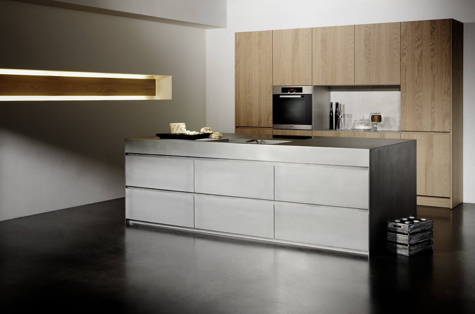 stainless_steel_silver_touch_Haupt_01.jpg