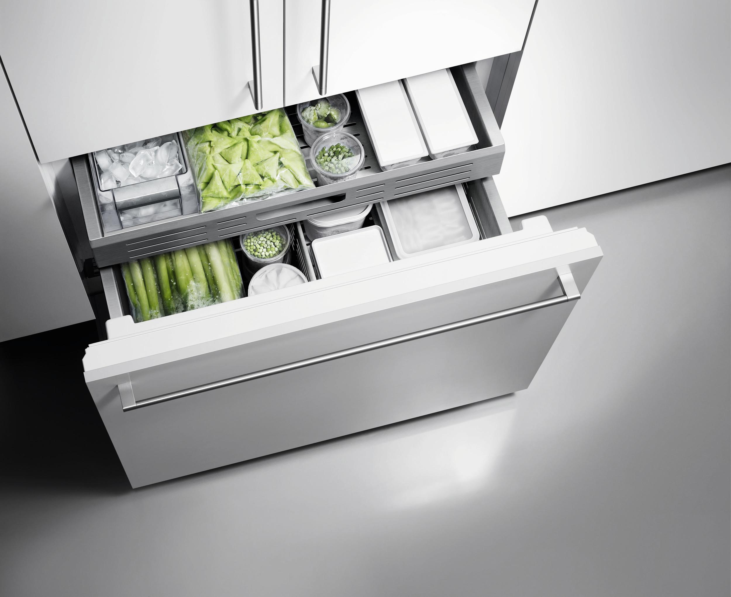04_Gaggenau_Vario_Cooling_400_series_freezer_drawer_02.jpg