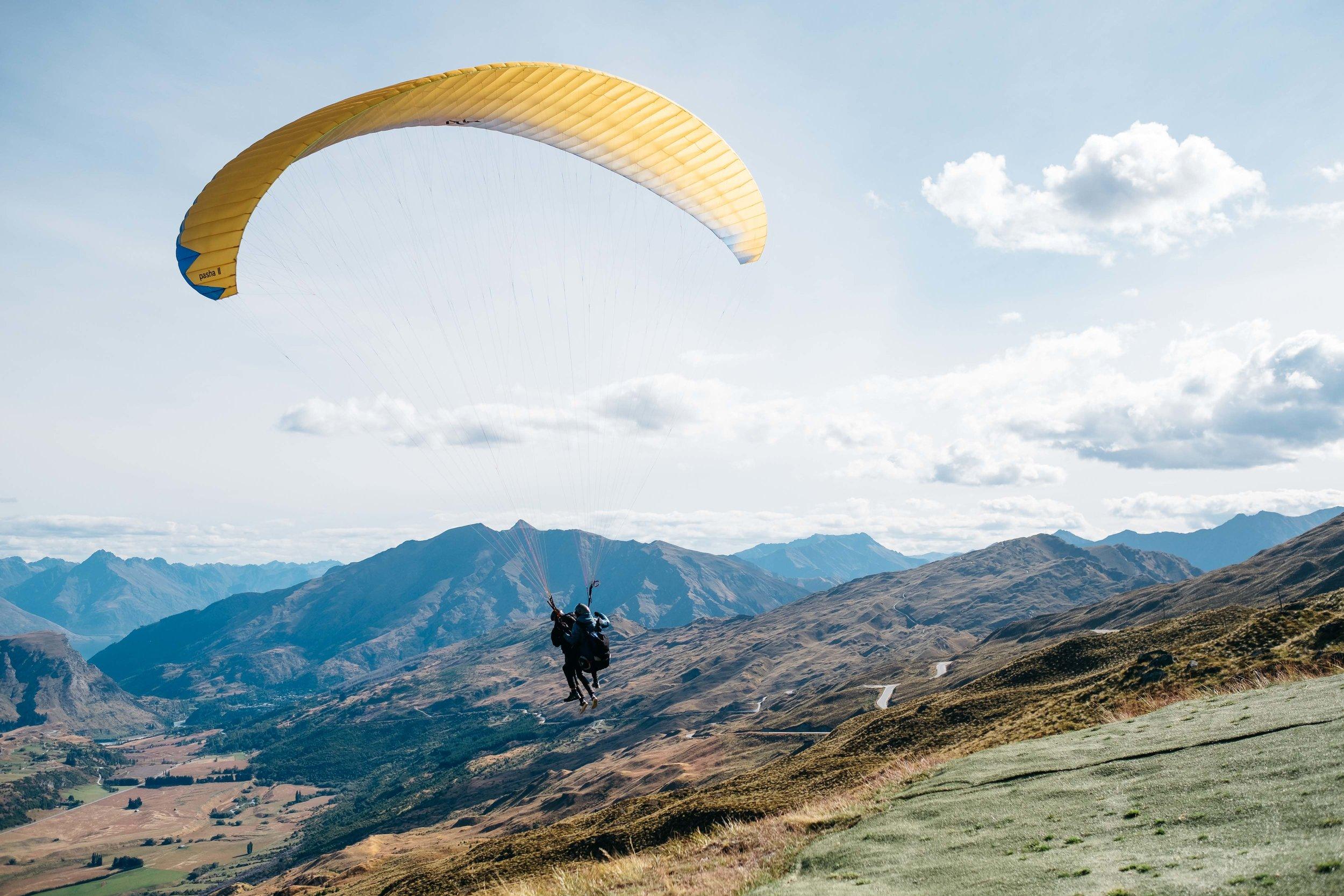 Paragliding NZ.jpg