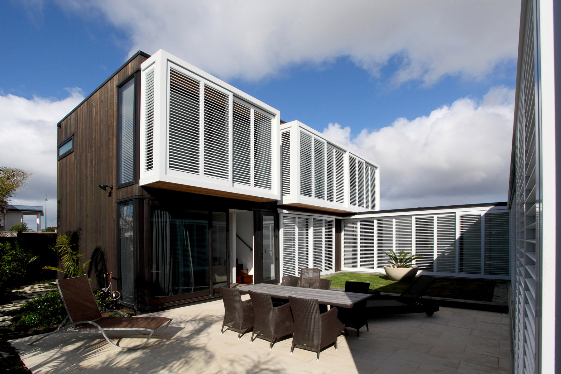 Omaha Beach House _ Courtyard _ 5 of 6.jpg