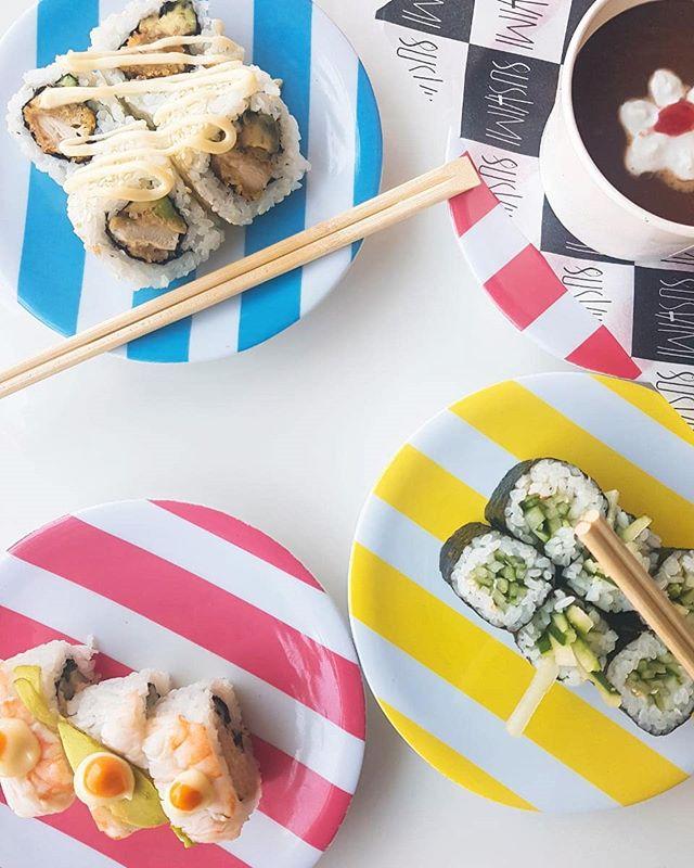 20k Friday!! All plates! ⏰ Start 5pm! We are ready for you. 🤗 🍣 #sushimibali . . . #bali #sushi #fridaynight #fridaypromo #sushilife #sushitime #sushinight