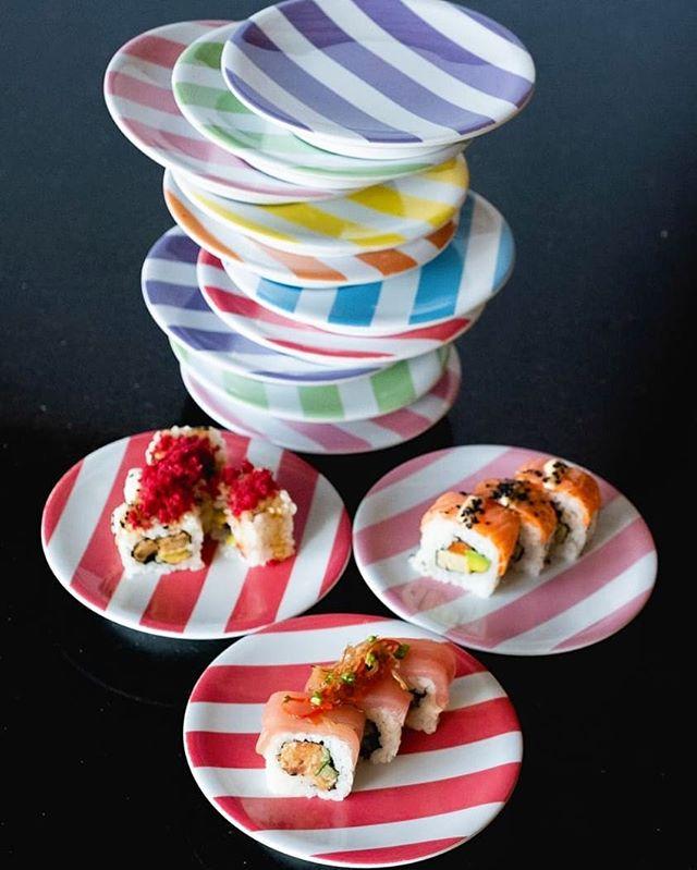 Choo-Choo! 🚂 Friday Night All Plates 20k 🥢 🍣 ⠀ From 5PM ⏰  #sushimibali⠀ .⠀ .⠀ .⠀ #sushi #food #bali #sushitrain #sushimifan #sushimania #sushisushi #sushilovers⠀ #sushiholic