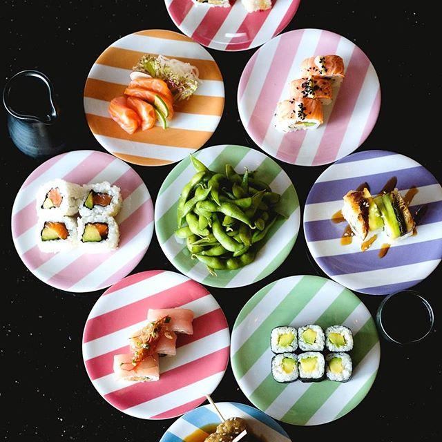 Friday ALL PLATES 20k 🥢 🍣 ⠀ From 5PM ⏰  #sushimibali⠀ . . . #sushi #food #bali #sushimilovers #sushiman #sushiclub #idreamofsushi #sushihouse