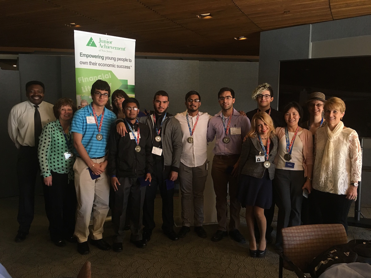Team Nokia Beyond, from JA of New Jersey, with their mentors and judges.