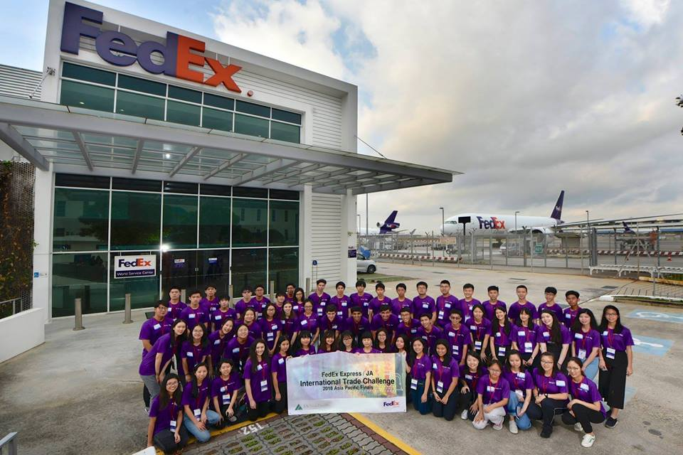 FedEx ITC group photo.jpg