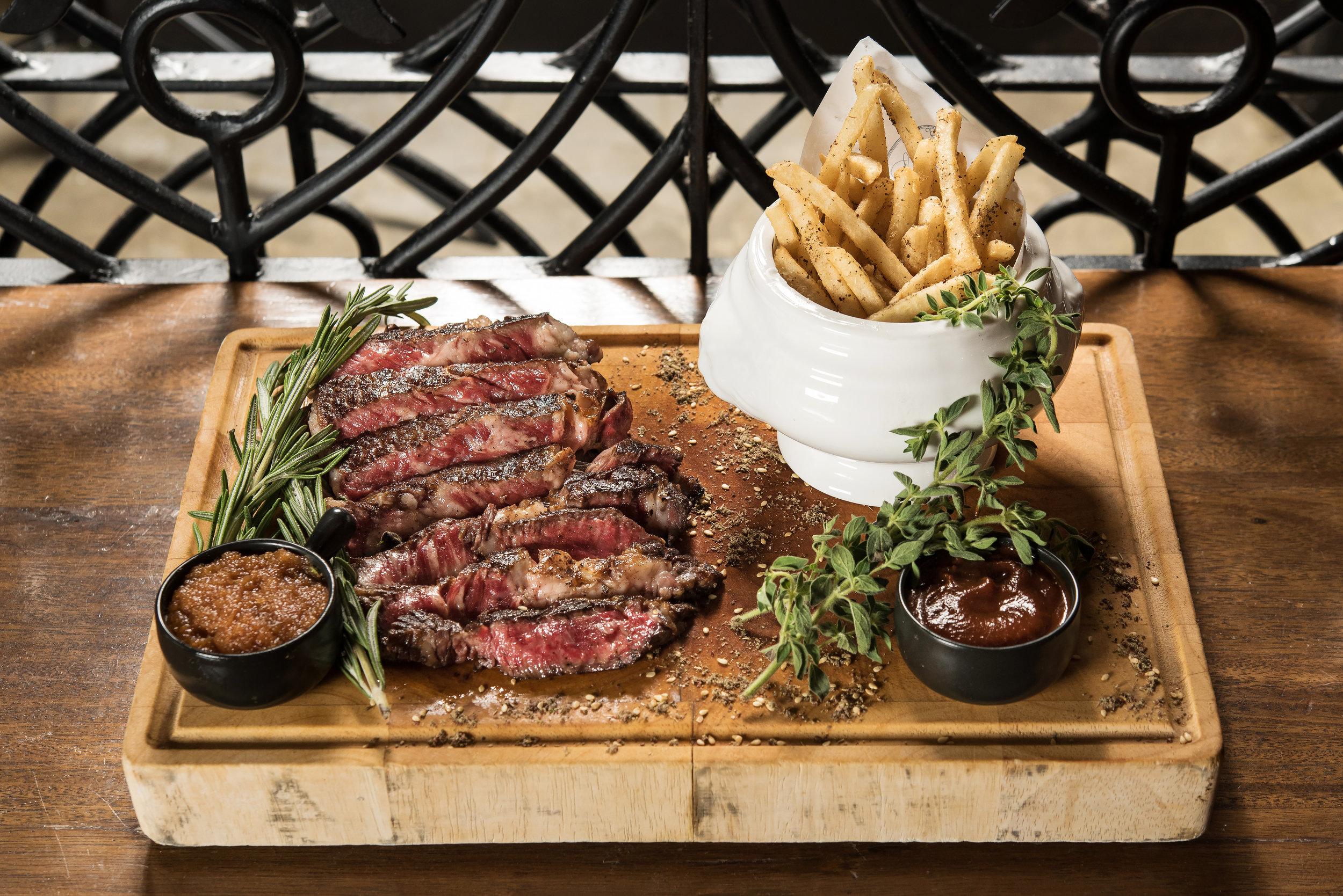 Steak Frites.jpg
