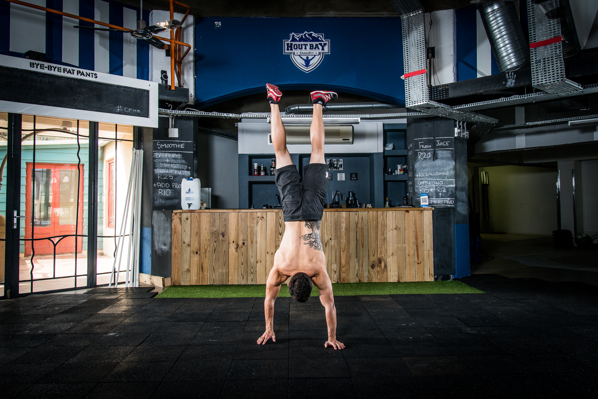 Ladies and gents, I give you the most casual, comfortable hand stander in the world.