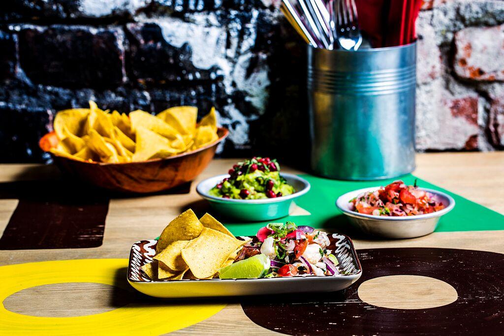 taqueria_food2.jpg