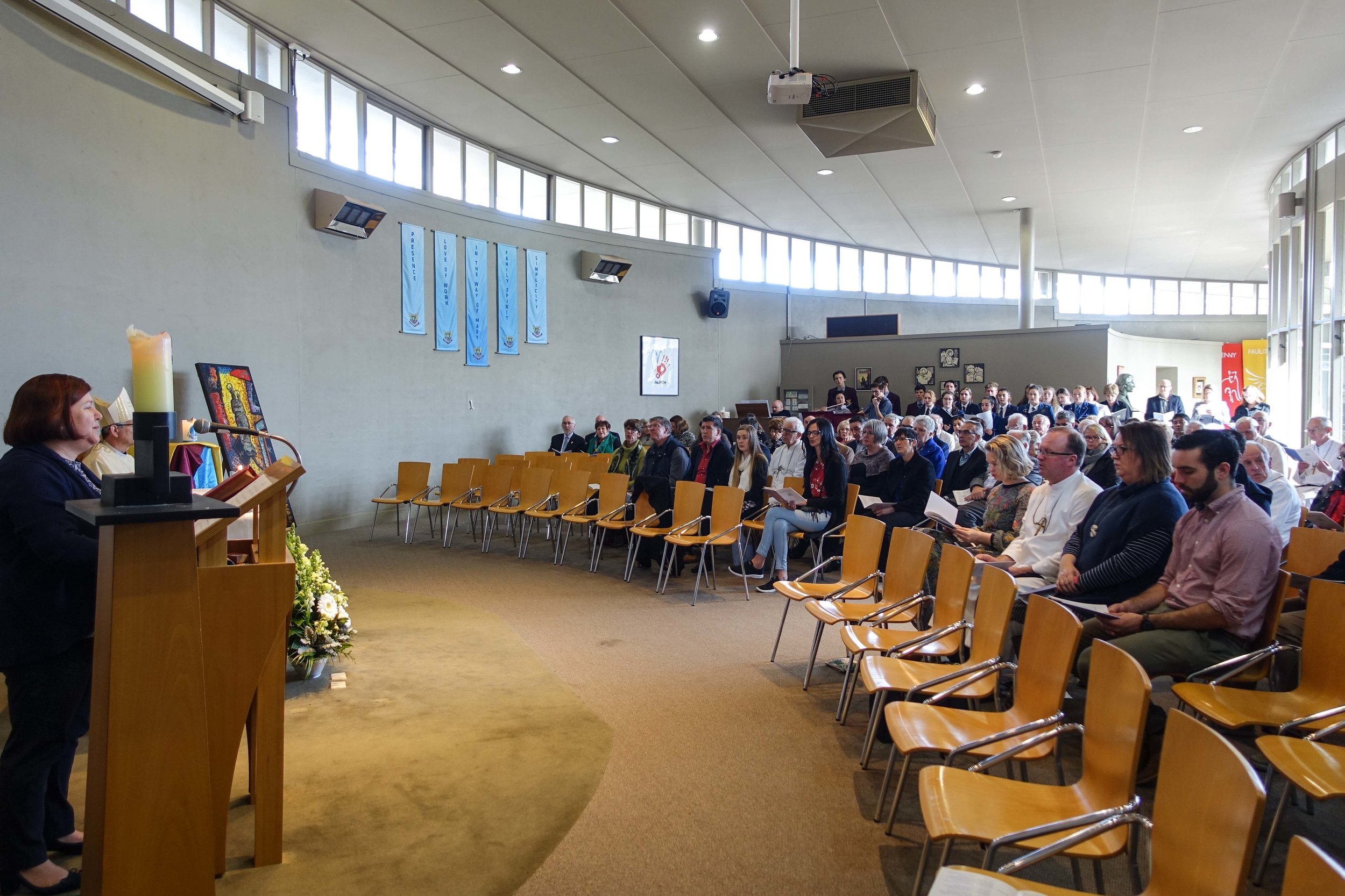 Marist Bicentenary 2017_Melbourne_Fiona Dyball Cantor and Congregation.jpg
