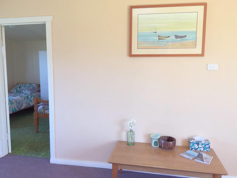 Accomodation-Bedroom-king-island-3.jpg
