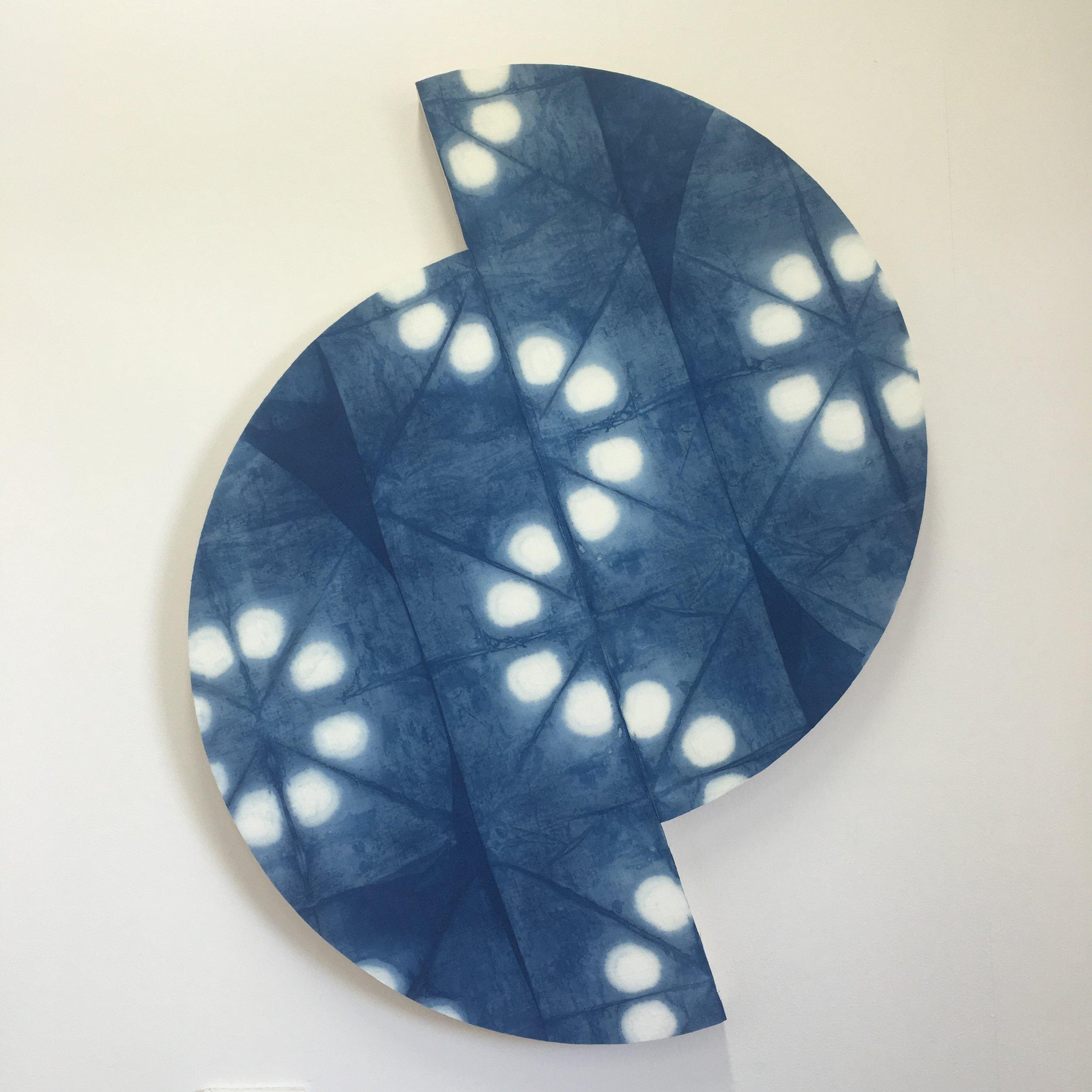 Indigo folding space split    Indigo dyed cotton/linen mounted on layered plywood,2 pieces: 475 x 1150 x 40