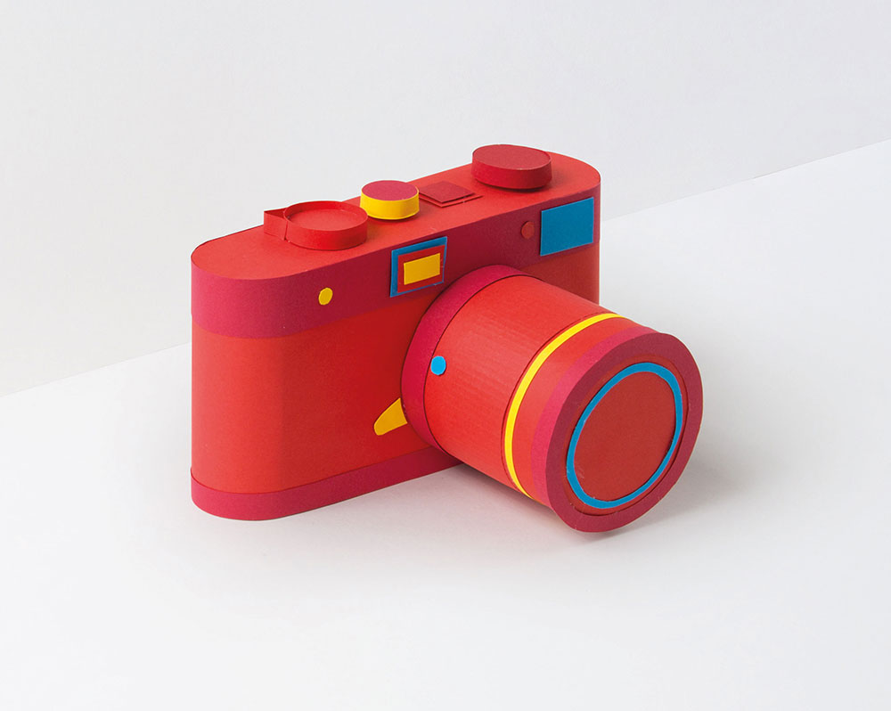 Luminate_Jamhot_Paper-Model_Paper-Camera_Eleanor-Stewart_2-min.jpg