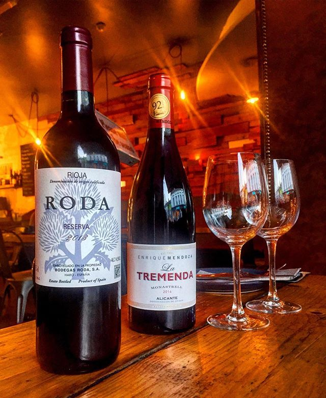 We have two top class new wines on the list this weekend. 2013 Bodegas Roda crianza from the World famous Roda winery in Rioja. 2014 La Tremenda Monastrell from Alicante. Get in here quick!  #wine #food #tapas #roda #alicante #spain #spanishfood #sommelier #tasting #weekendvibes #tablefortwo #winetasting #solerawines @albertbaginski