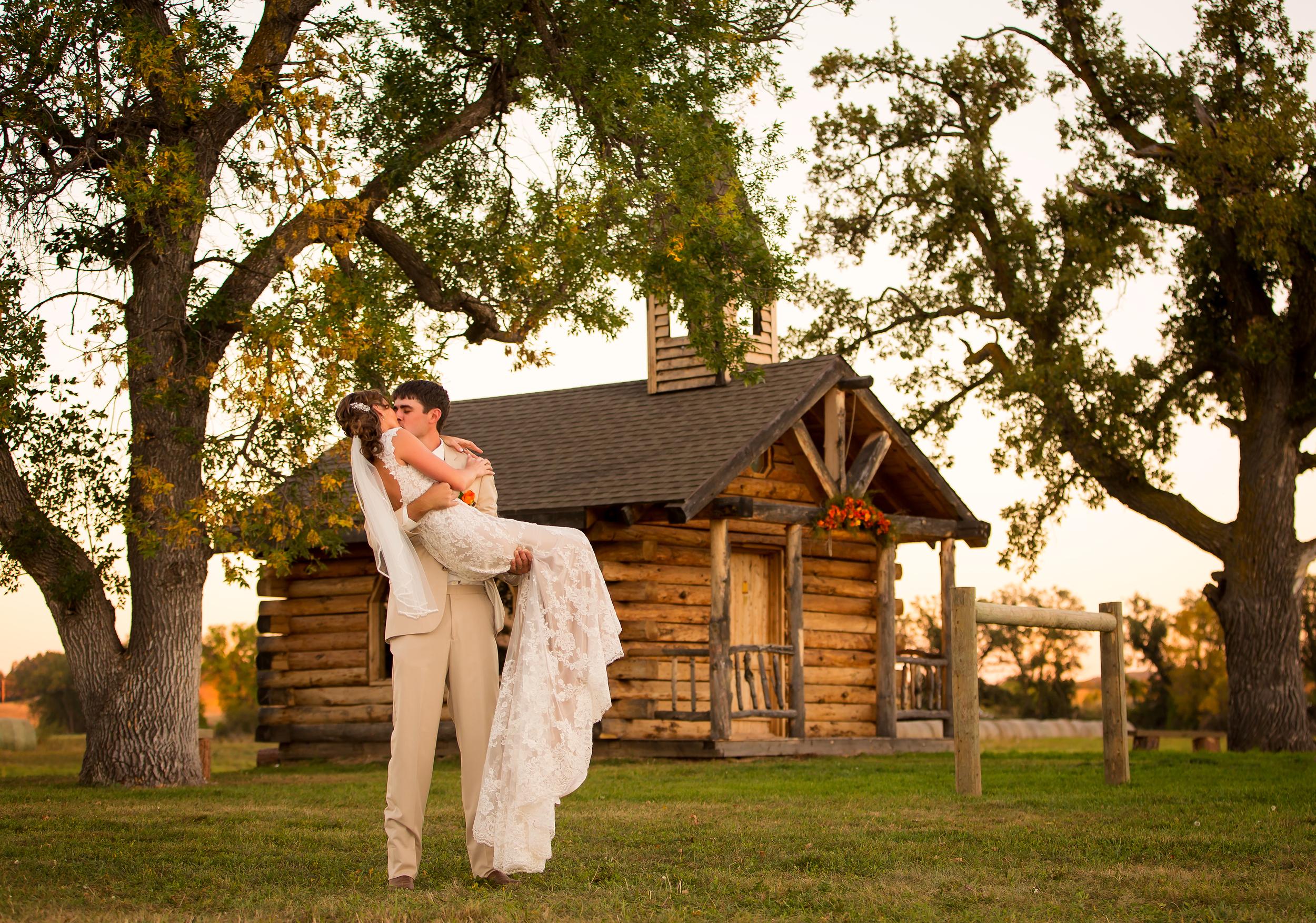 Tera & Kyle Wedding.jpg