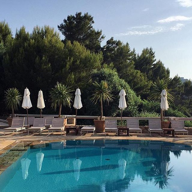 Today we would like to melt into a simple existence at the Pellicano Luxury Hotel in Porto Ercole, Italy. The bliss! #toscana #italy #portoercole #pellicano #luxury #luxurylife #lifewelltraveled #travellife #stayinspired