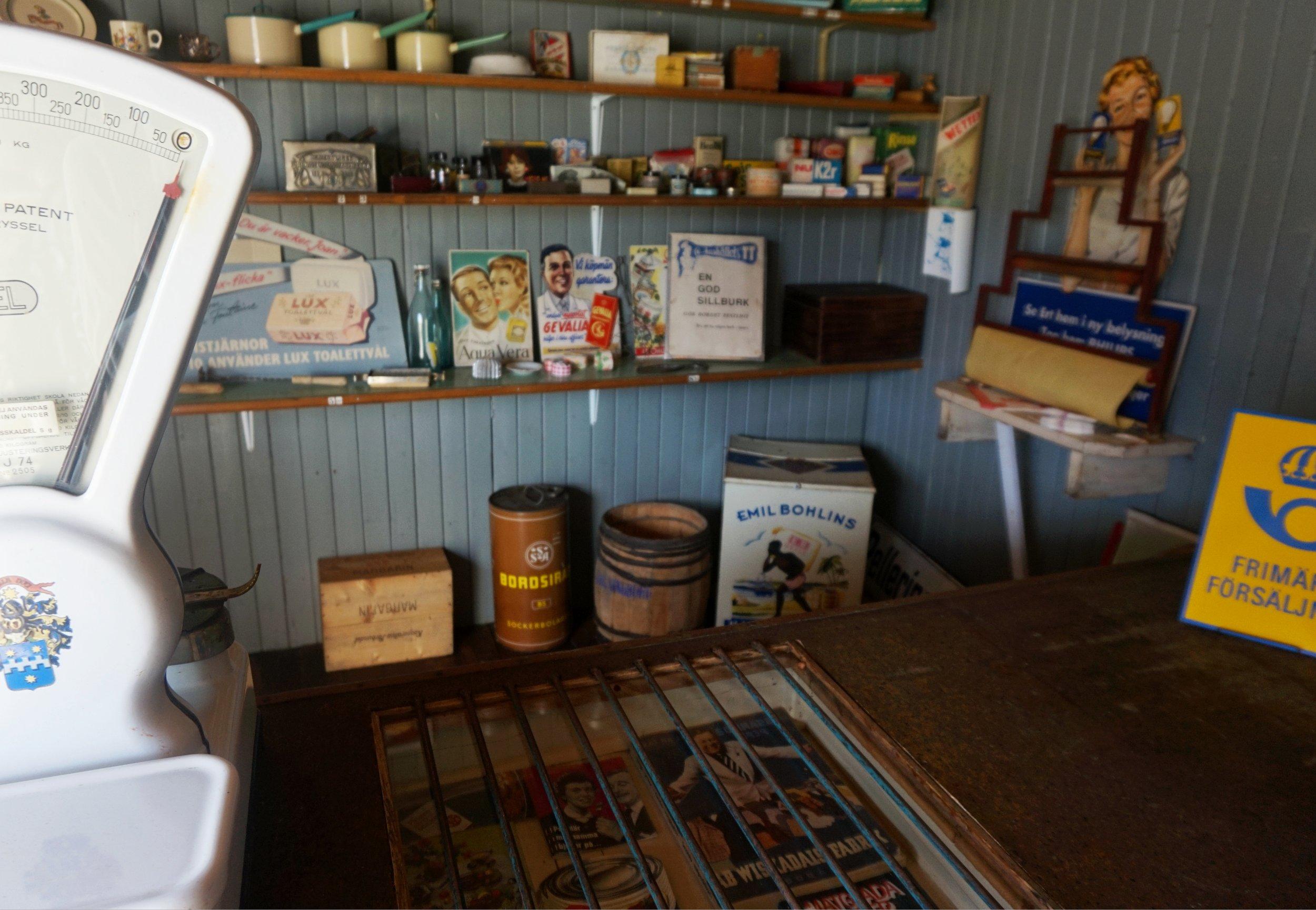 RÁNDOTTIR Vintagebutik.jpg