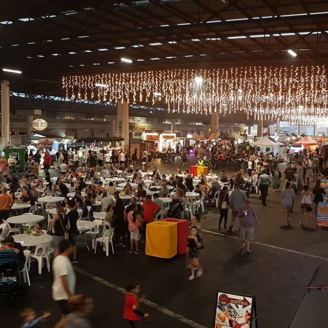 Historically Brisbane marketplace was the home of Brisbane's important wholesale produce market with an annual turnover of $1.5 billion but now also offers a popular new leisure addition to Brisbane's weekend night time economy. #brisbanemarkets #rocklea #dining #bars #entertainment #livemusic #nighttimeeconomy #townplanning #cleggtownplanning