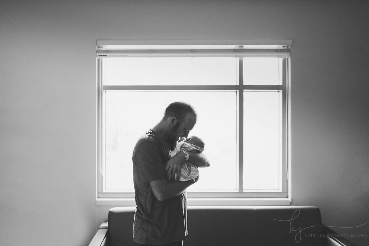 Northern VA Hospital Newborn Photographer | Kate Juliet Photography