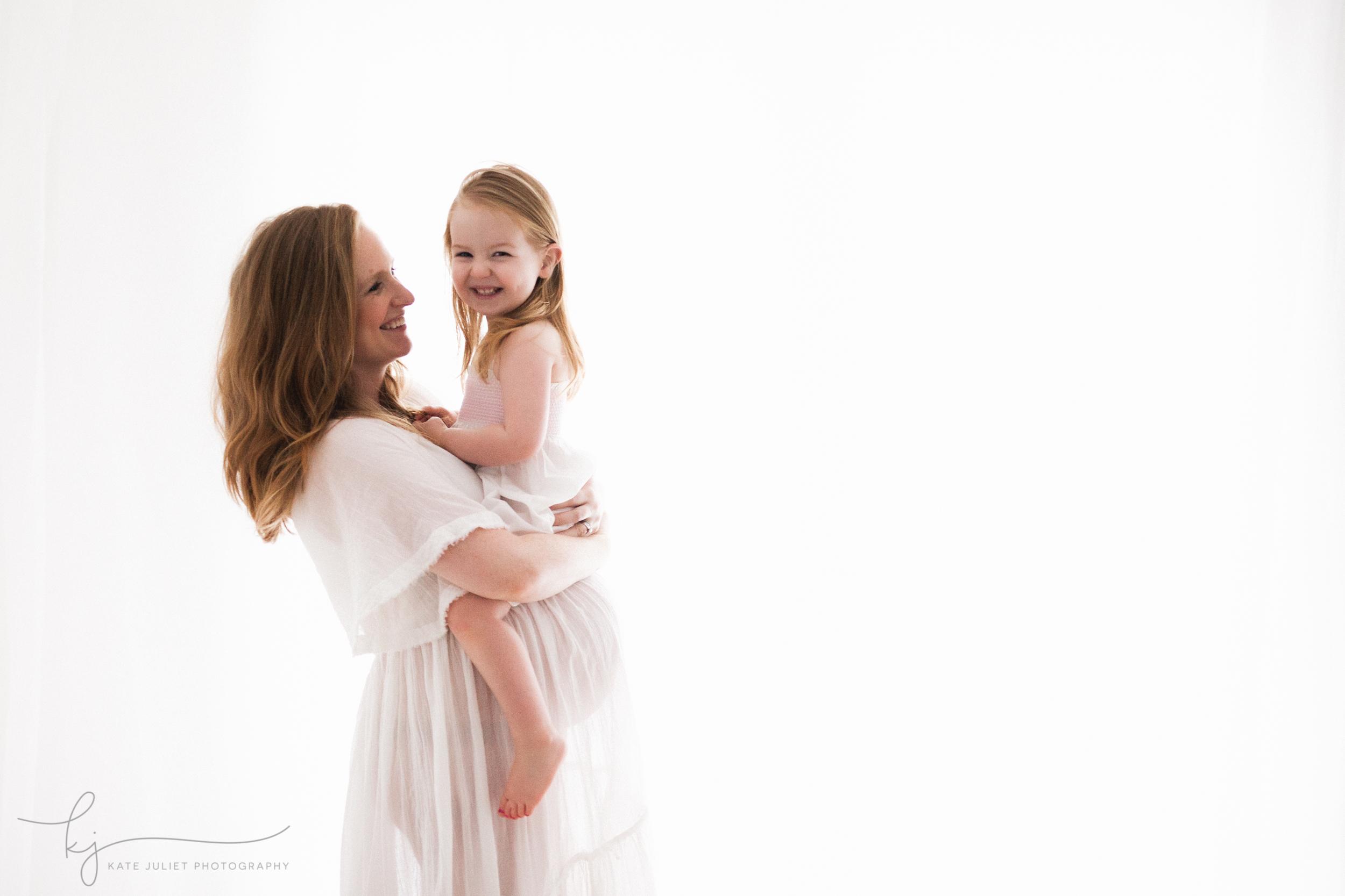 Alexandria VA Maternity and Newborn Photographer | Kate Juliet Photography