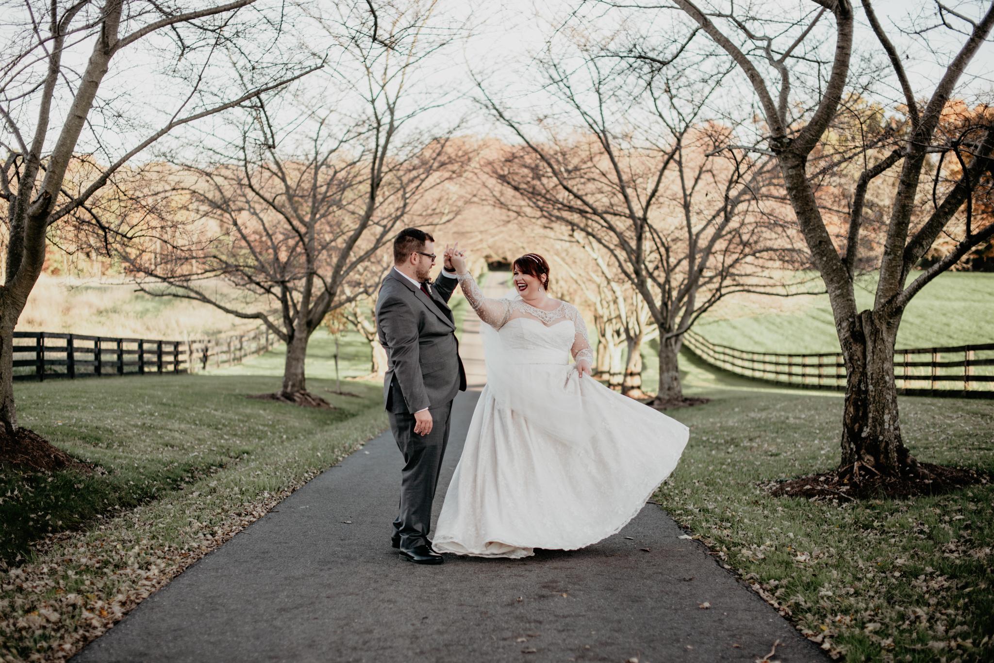 elegant fall barn wedding