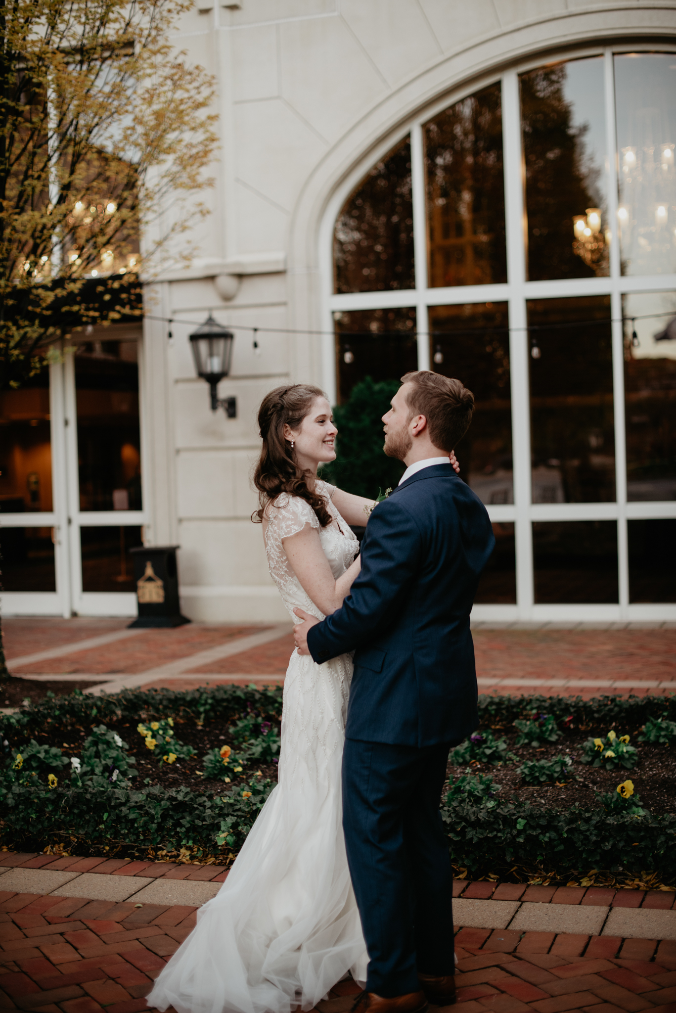 CLASSIC DOWNTOWN ROANOKE WEDDING