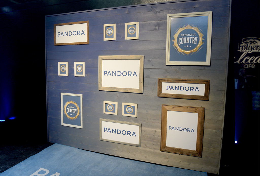 Pandora+Country+U-0IBt8AGgOx.jpg