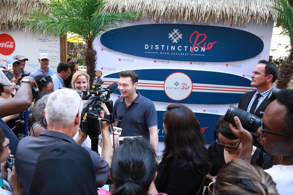 Ryan+Seacrest+Launches+Ryan+Seacrest+Distinction+RqMZYm4R8aSx.jpg