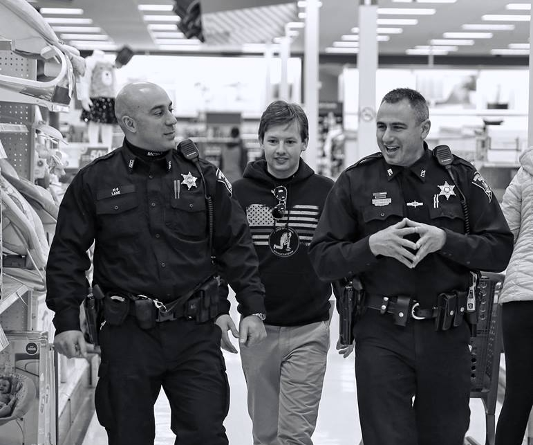 Officers shopping.jpg