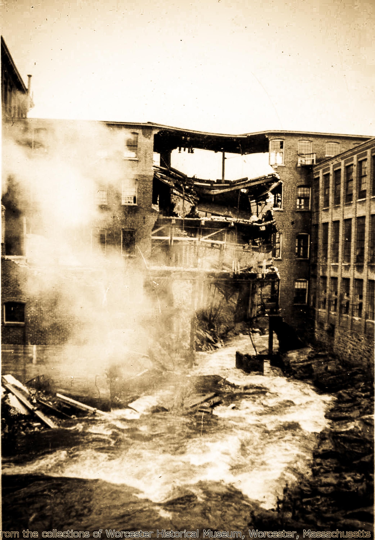 1511 Main Street (Duffy Mills-Flood 1936) #8.jpg