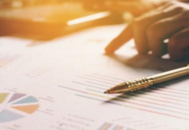 Facturas de compras - •Gestión de facturas de compra•Exportación a su aplicación de contabilidad•Exportación a Intrastat•Liquidación de comisiones por compras•Liquidación de transporte