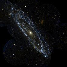 220px-Andromeda_galaxy.jpg