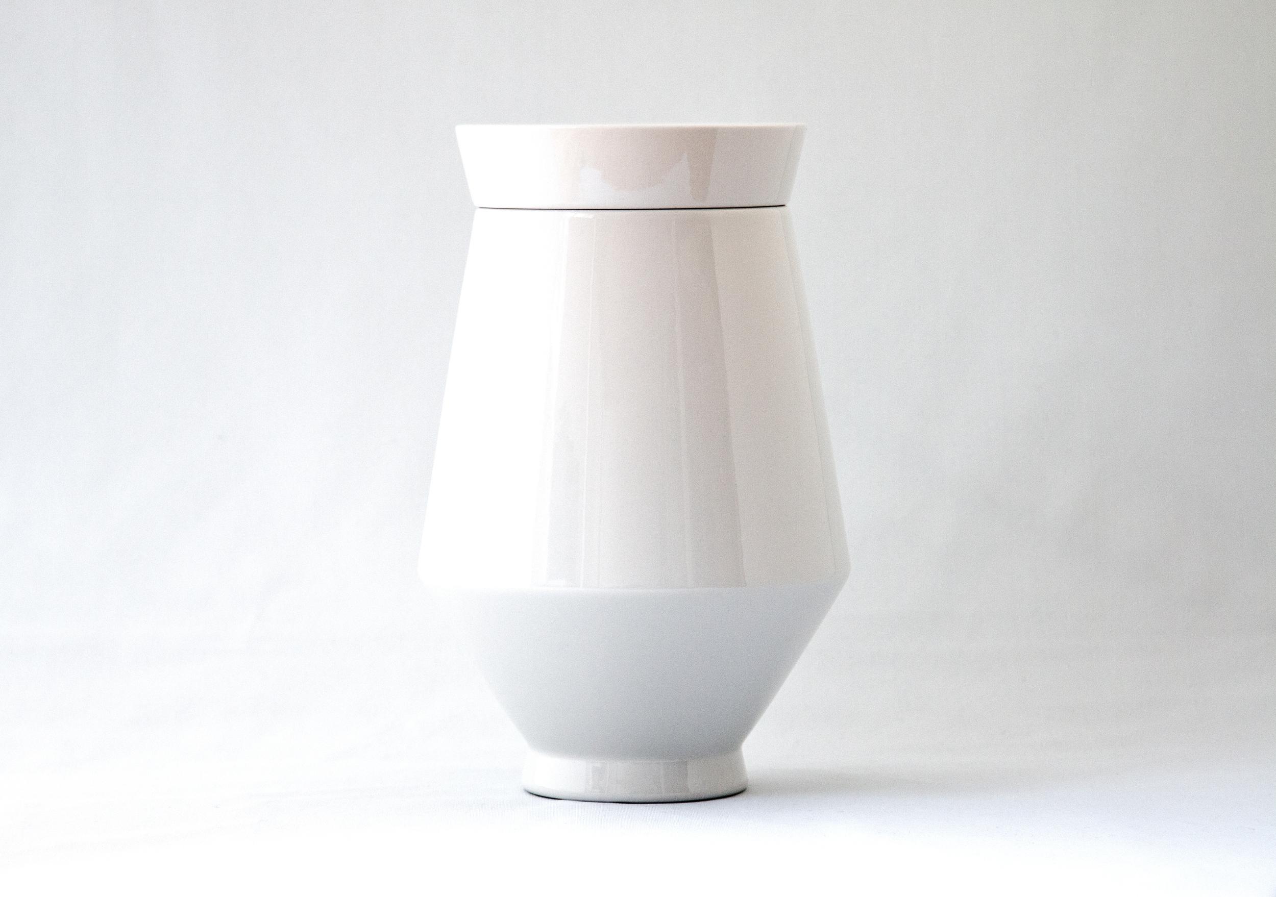 Colombarium urns