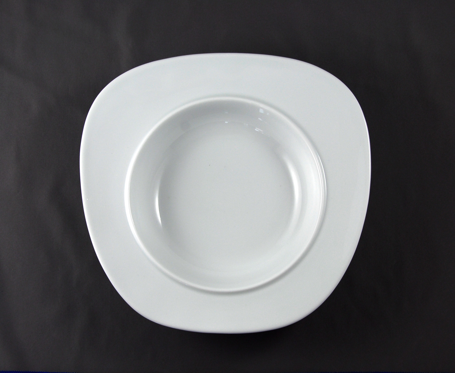 Bowl-plate for soup viewed from top